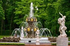 peterburg-fontany